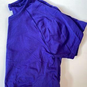 Women's Athleta T-Shirt
